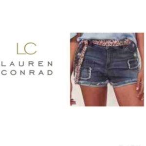 LC Lauren Conrad Jean Shorts Sz 6 Distressed NWT